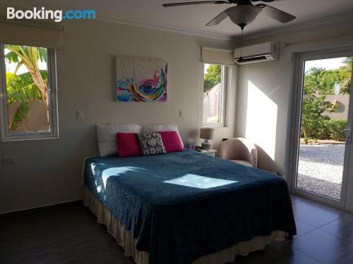 1 bedroom apartment in Savaneta. Convenient!
