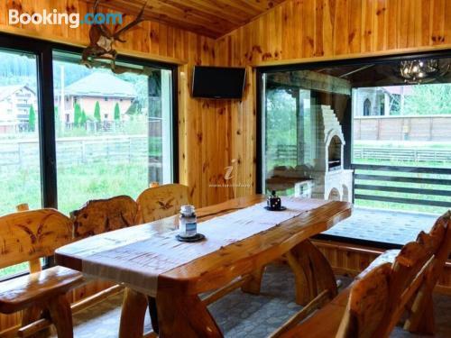 Apartamento apto para familias con terraza y internet