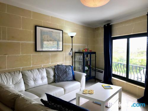 Amplio apartamento en Marsalforn con conexión a internet
