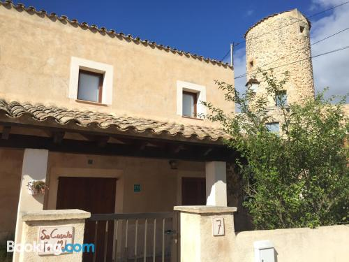Home with terrace. Sineu central location!