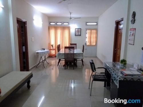 Apartamento en Cochin con internet.
