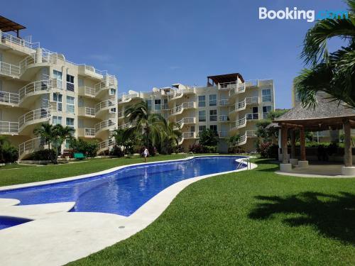 Apartamento de dos habitaciones en Acapulco. ¡Ideal!