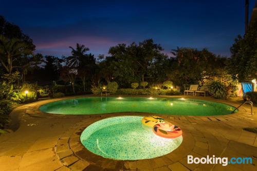 Cuco apartamento en Madikeri con piscina
