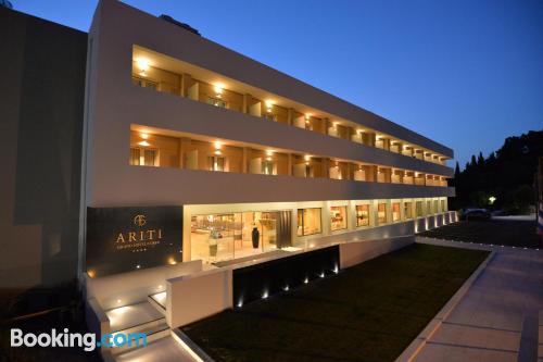 Apartamento en Corfu con terraza y conexión a internet