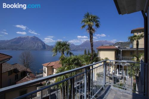 One bedroom apartment place in Varenna with terrace!.