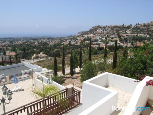 One bedroom apartment apartment in Peyia with terrace!.