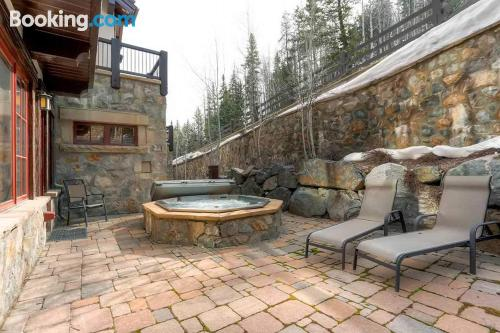 Apartment in Beaver Creek. Good choice for six or more