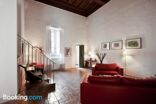 Spacious apartment in superb location. Internet!