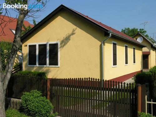 Apartamento de 60m2 en Balatonlelle ideal para cinco o más.