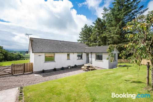 2 rooms home in Biggar with internet.