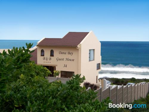 Place for two people in Dana Bay with terrace