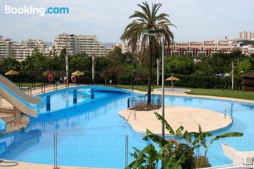 Cozy home. Enjoy your swimming pool in Benalmadena!