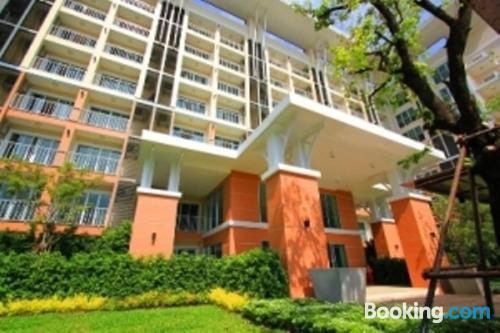 Apartamento de 32m2 en Bangkok con aire acondicionado