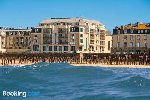 Apartamento para parejas en Saint-Malo ¡Con terraza!