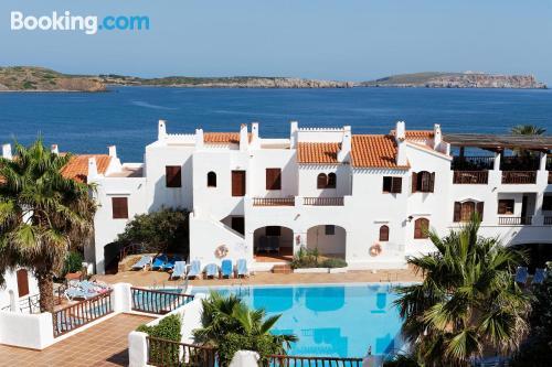Apartamento con piscina ¡Con vistas!
