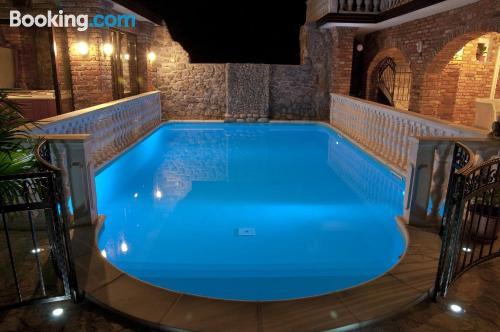 Apartamento con piscina en Marezige