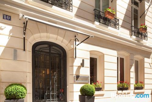 Accogliente appartamento. Parigi a vostro piacimento!