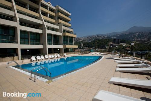 Pool and wifi home in Jounieh. Air-con!