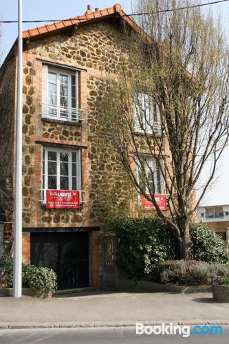 1 bedroom apartment in Villejuif superb location with terrace