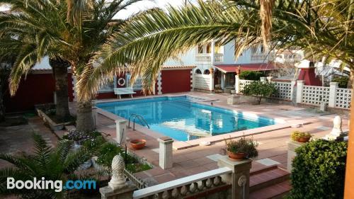 Apartamento ideal para familias en Arenal d'en Castell con terraza