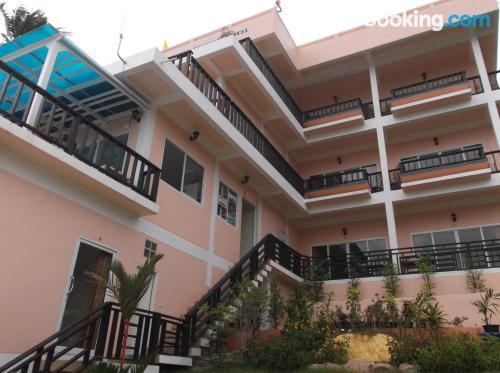 Stay cool: air home in Ko Tao. Terrace!