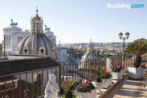 Perfect location and terrace in Rome with heat