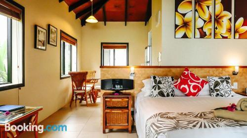Apartamento para dos personas con piscina y terraza
