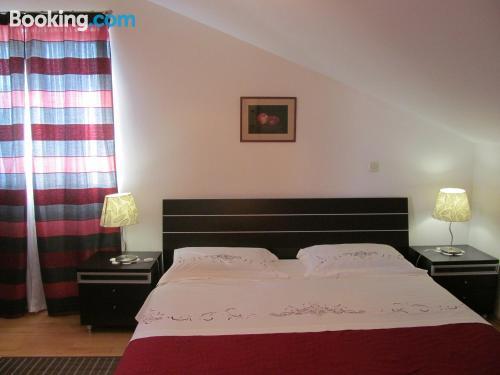 Práctico apartamento en Promajna