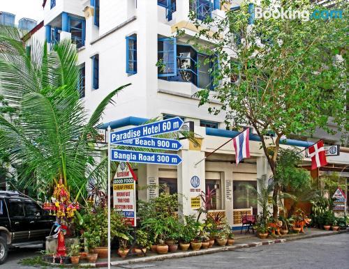 Apartamento bonito en Patong con internet