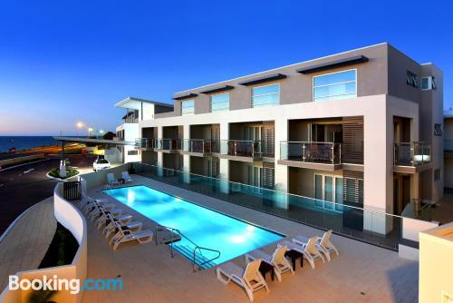 Apartamento de 76m2 en Bunbury con piscina