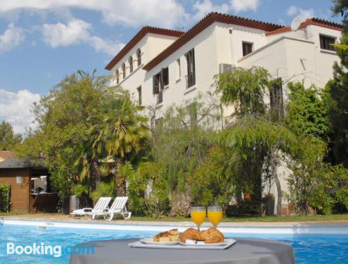 Ideal 1 bedroom apartment. Enjoy your swimming pool in Sant Boi del Llobregat!.