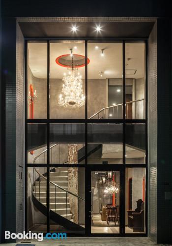 Práctico apartamento parejas en Tokio