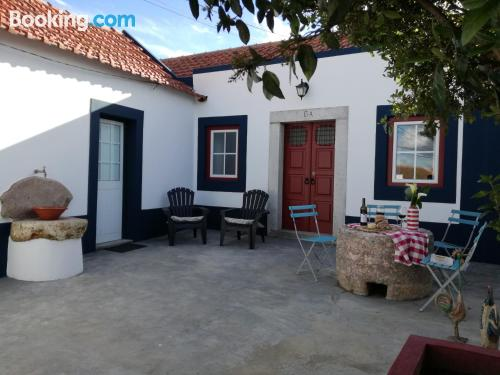 Two room home in Quinta do Anjo with terrace