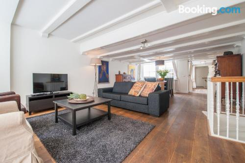 Great one bedroom apartment in superb location