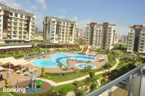One bedroom apartment in Avsallar in central location
