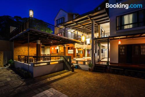 Apartamento cuco en Chiang Mai. ¡Internet!