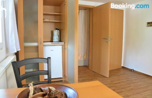 Apartamento para parejas con terraza y conexión a internet