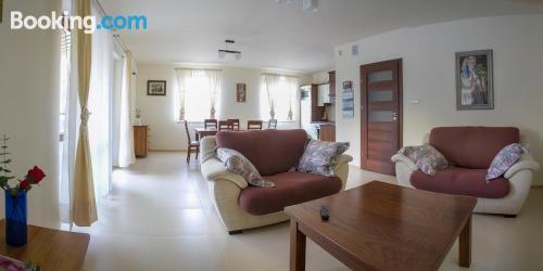 Espacioso apartamento de dos habitaciones en Balice