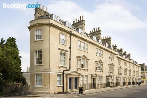 Apartamento con conexión a internet en zona increíble de Bath
