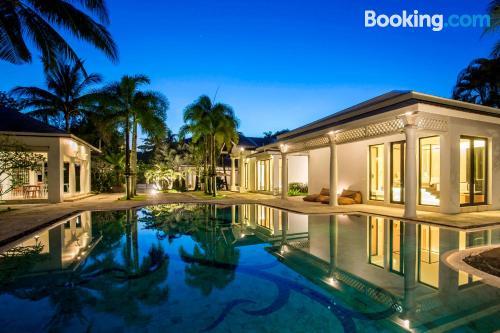 Apartamento de 50m2 en Khao Lak con piscina