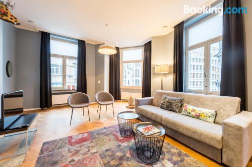 Espacioso apartamento con vistas y wifi