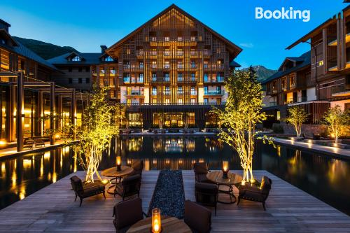 Place for 2 people. Enjoy your pool in Andermatt!