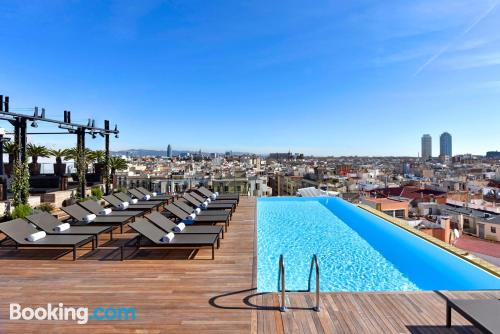Incredible location with swimming pool in Barcelona. Sleeps 2
