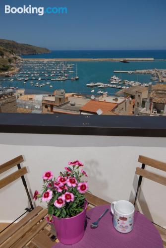 Apartamento con vistas y conexión a internet en Castellammare Del Golfo, en zona increíble