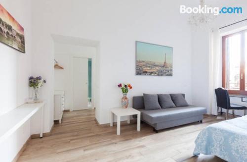 Apartamento práctico con aire acondicionado