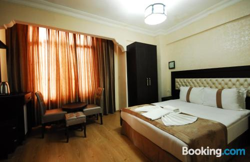 Stay cool: air-con apartment in Istanbul. For two people.