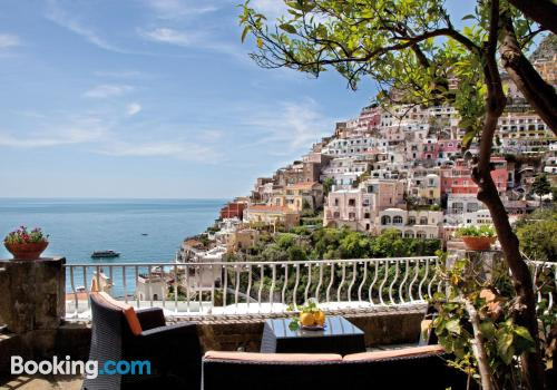 Large pets allowed place in best location of Positano