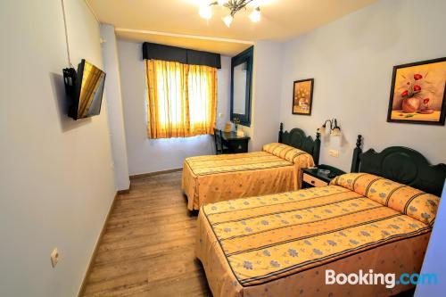 Práctico apartamento parejas con wifi