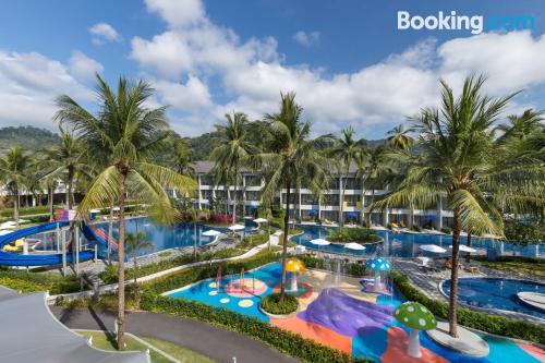 Apartamento para parejas con terraza y piscina