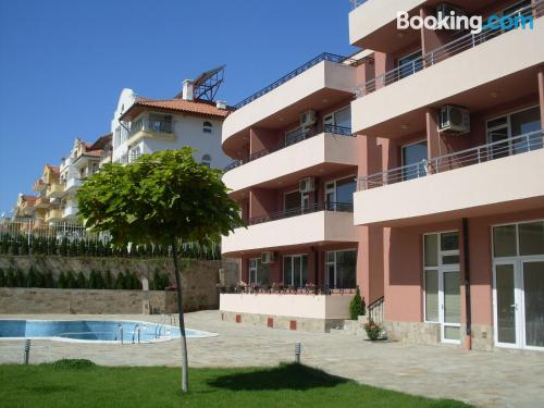 1 bedroom apartment apartment in Sveti Vlas with terrace and wifi.